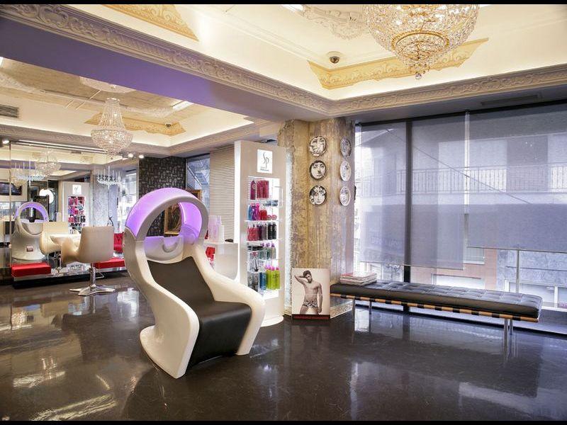 gamma mg bross mobilier de coiffure professionnel royale coiffure. Black Bedroom Furniture Sets. Home Design Ideas